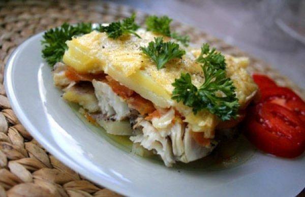 Крутейшая Запеченная рыба с картофелем под сырной корочкой