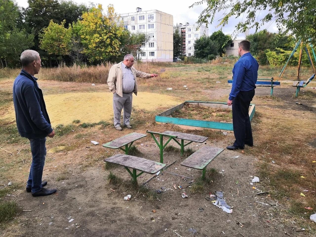 Сегодня в Петровске состоялось совещание по вопросу благоустройства территории Военного городка