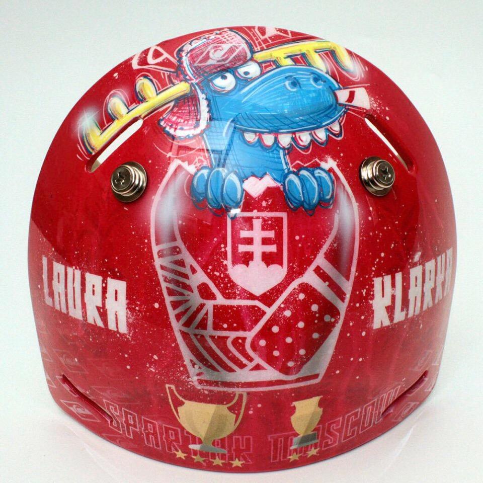 Новая маска голкипера «Спартака» Юлиуса Гудачека (Фото)