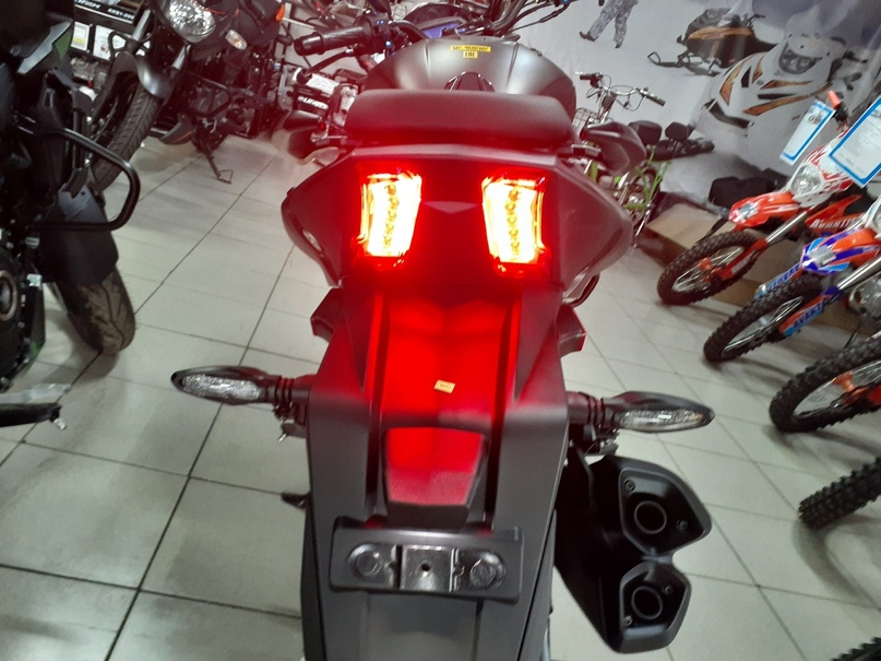 Обзор мотоцикла Bajaj Dominar, изображение №10
