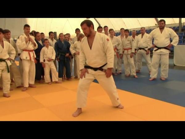 Е Кулдин Tai otoshi разминка специальные упражнения передняя подножка
