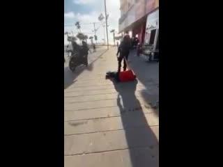 Русский в Израиле стал высказывать неуважение местному полицейскому.