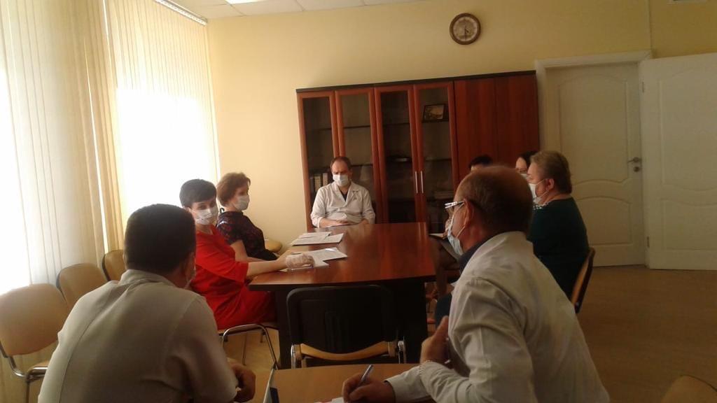 В Таганроге продолжаются встречи с медицинскими работниками