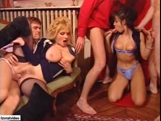 Всё за одну ночь с русским переводом (полнометражный порно фильм,ретро,anal,mature,milf,анал,в жопу,озвучка,в попку,DP)