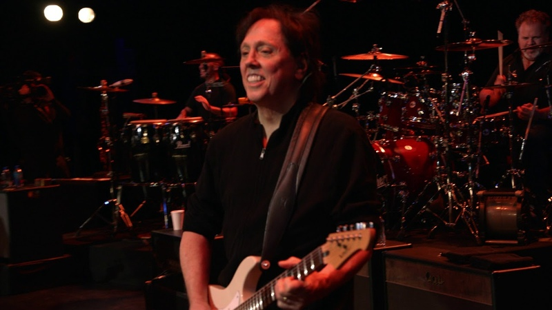 The Doobie Brothers Listen To The Music Live From The Beacon Theater