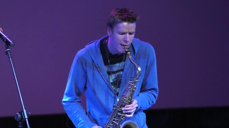 Концерт саксофониста Дерека Брауна в Ельцин Центре