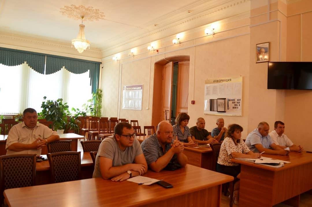 В администрации Петровского района обсудили реализацию программы капитального ремонта многоквартирных жилых домов в 2021-2023 годах