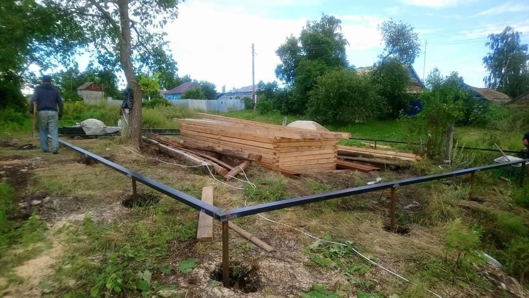 В селе Озёрки ремонтируют общественный колодец