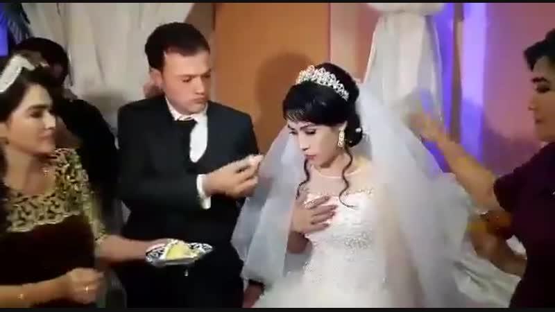 невеста сильно провинилась перед женихом на свадьбе