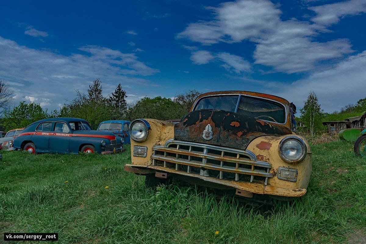Автомобильное кладбище в Тульской области - Фото