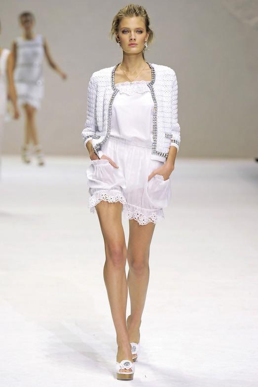 Роскошные платья в бельевом стиле