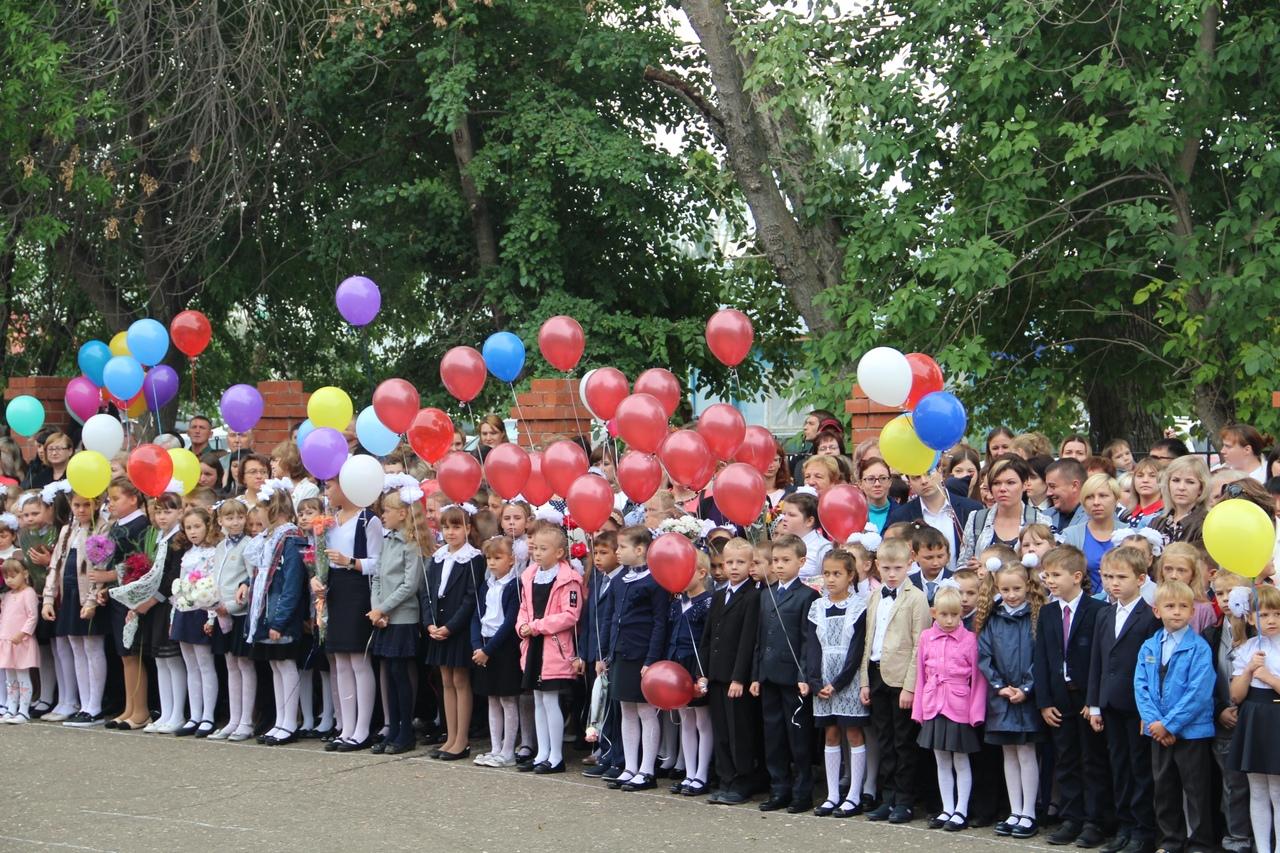 Школьные линейки, посвящённые Дню знаний, пройдут 1 сентября в новом формате