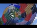 Экран из круглых панелей
