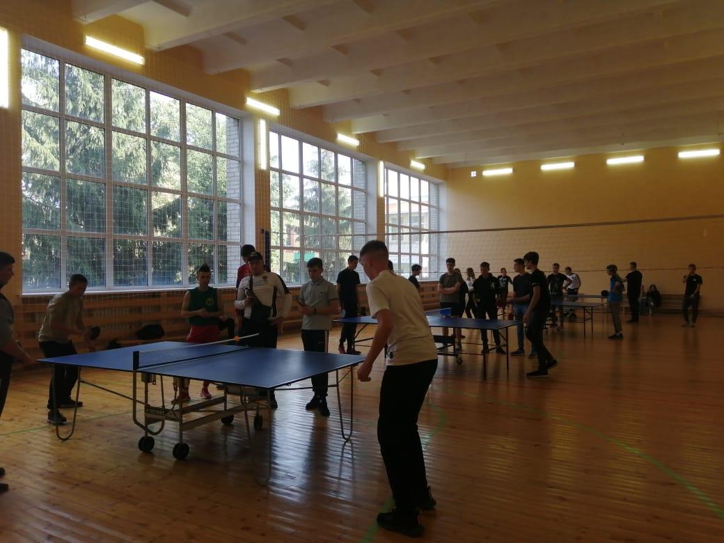 соревнования по настольному теннису среди 1 курсов колледжа. 22.09.20