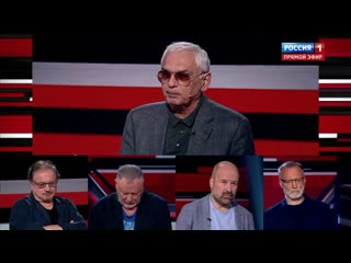 Шампанское от Жириновского ушло лучшим дамам Мосфильма