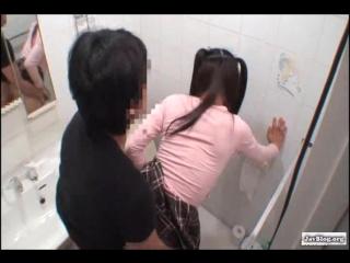 Видео пьяную порно с японкой в туалете фото
