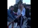 Катя Адушкина танцует