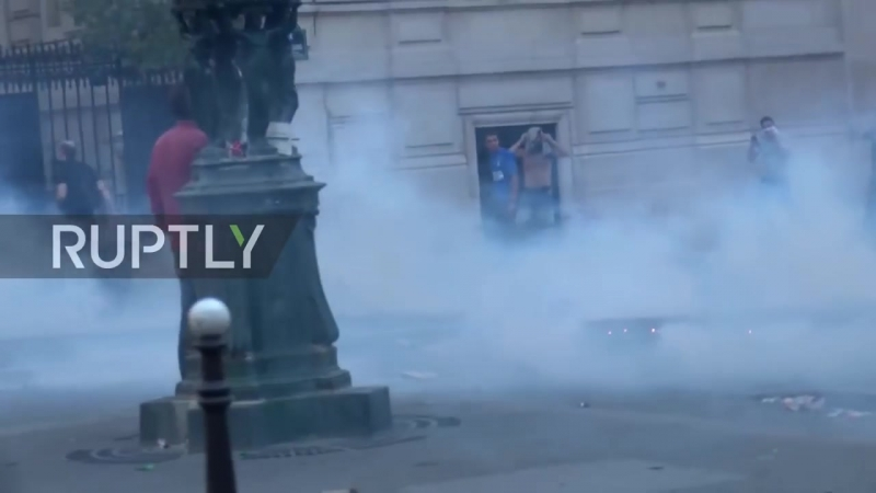 France Paris celebrations marred by violence after WC final win