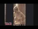 Подсмотрел в окно как женщина намазывается кремом после душа