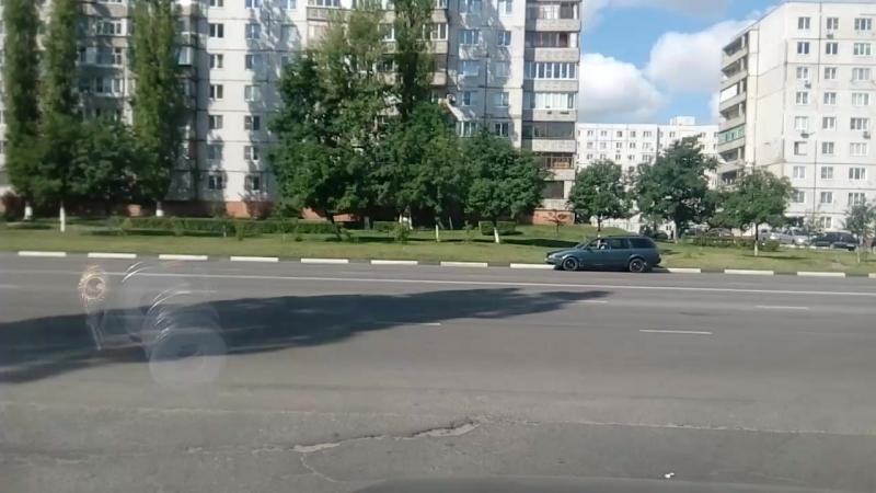 При выезде из домов номера 42 и 46 микрорайона жукова ,появился новый знак теперь поворот только направо дальше двойная сплошная