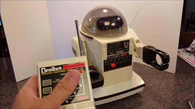 OMNIBOT in Action! Tomys 1984 Super Cool Personal Robot