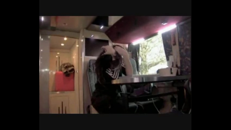 SuperTrashFamily3(Bill KaulitzAdam Lambert vs.Comedy Club)[1]