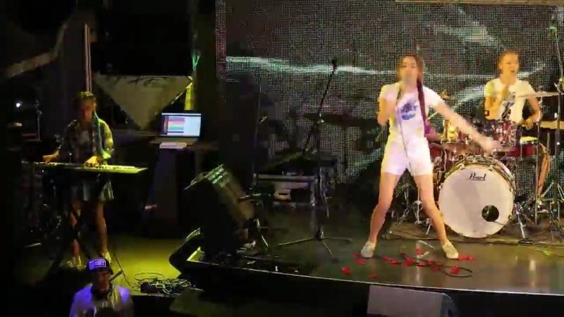 Рок-школа Акцент- Отчетный концерт 3 (июнь 2017) - The Rockberries-Radioactive