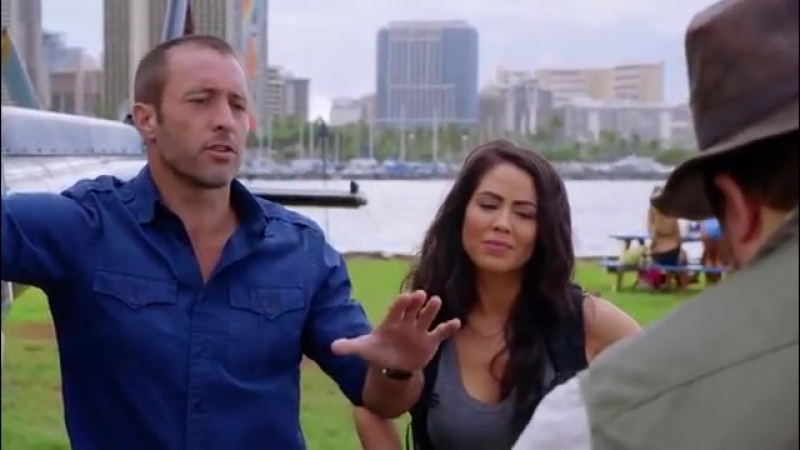 Hawaii Five-0 8x20 Sneak Peek 1 He Lokomaikai Ka Manu O Kaiona