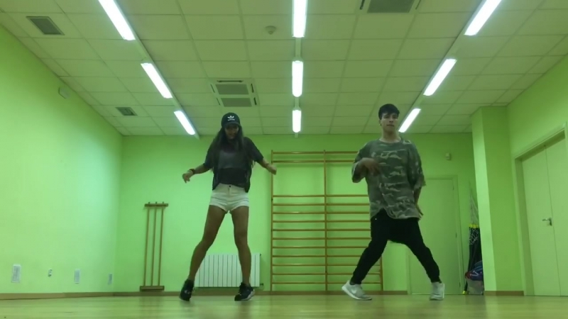 Cutting Shapes [House Shuffle] First Coreo - Elisa ft. Mark