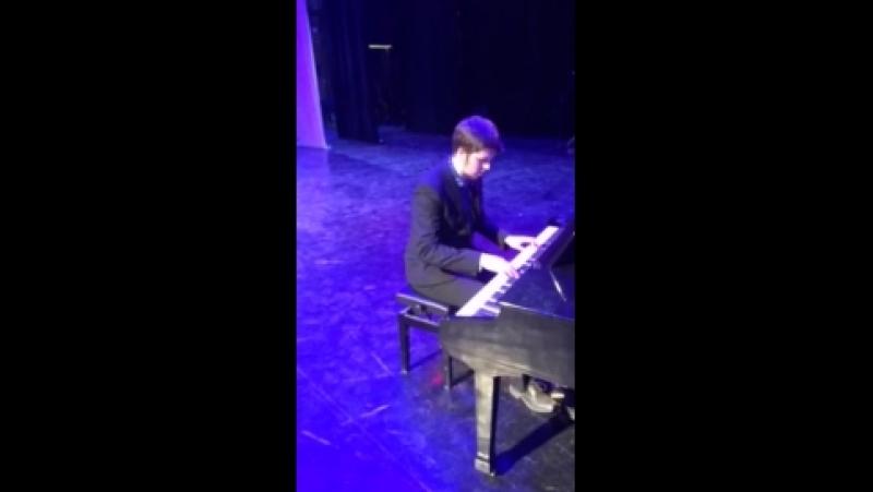 Александр Бажанов (импровизация)