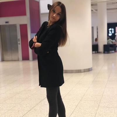Лейла Комарова