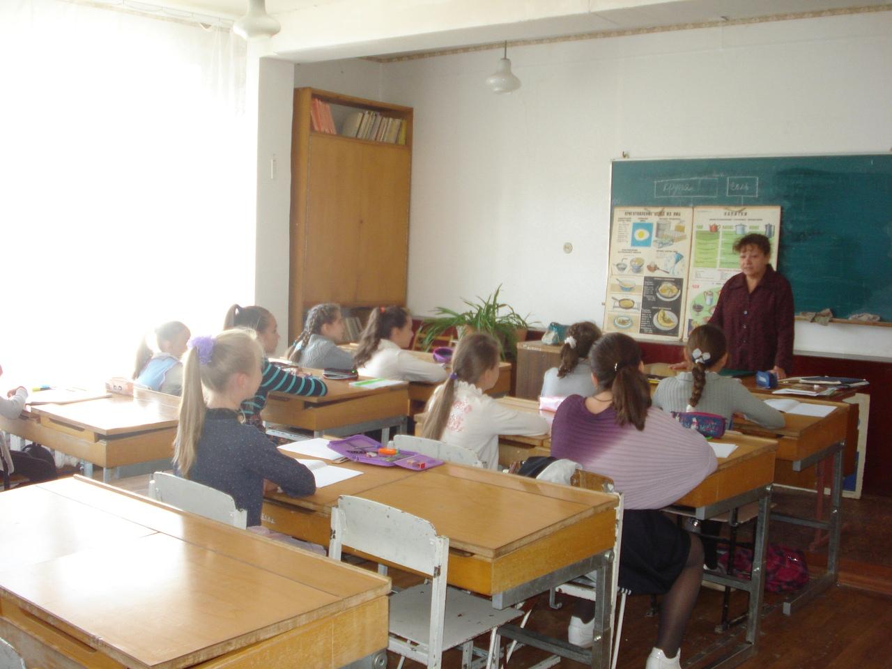 десять лучших книг, отдел обслуживания учащихся 5-9 классов,Донецкая республиканская библиотека для детей