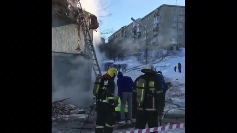 В Мурманске после взрыва газа в жилом доме обрушились три этажа