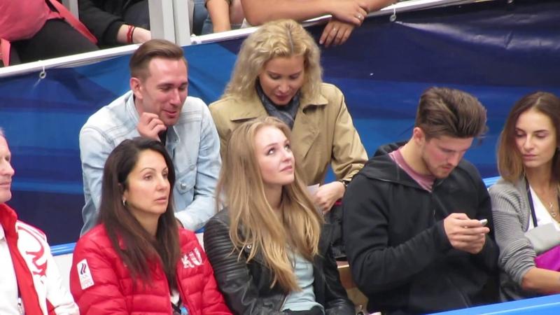 Eteri Tutberidze autographs Open Skates