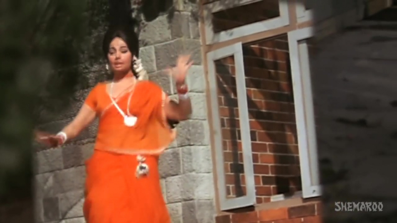 Bindiya Chamkegi - Mumtaz - Rajesh Khanna - Do Raaste - Bollywood Evergreen Love