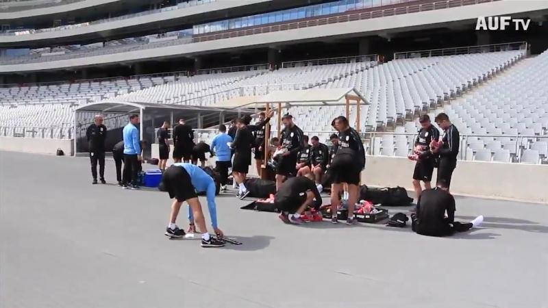 Imágenes del entrenamiento matutino de la Celeste en Seúl 21 futbolistas trabajaron en el gimnasio del hotel Mayfield y reali