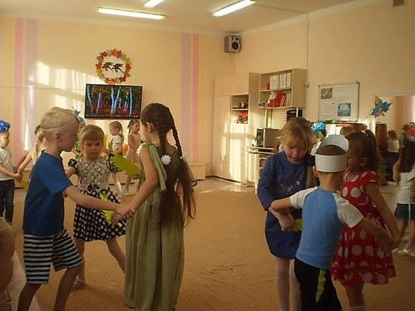 Танец с колосьями Старшая подготовительная Рожкова М. 2017