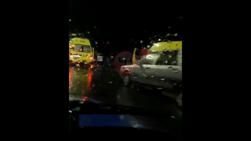В Сочи водитель «Приоры» устроил массовую аварию. 22.03.18