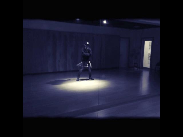 "🌙 on Instagram: ""춤스타그램 굿보이 goodboy 커버댄스 cover dance 댄스타그램  디오비 dob 정민호  굿보이재밌어요 오늘더녁6시30분 아프리카tv 춤추는곰돌 형과 함께 방송해요많이보러와요"""