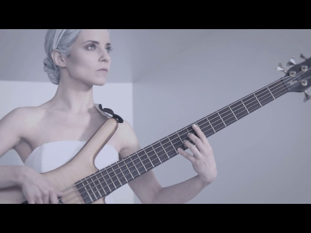 AMAZING BASS PLAYER JOANNA DUDKOWSKA