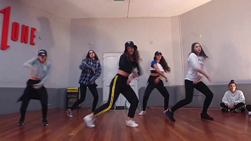 "YCEE ""JUICE"" (ft. Maleek Berry) Choreography by Mark x Betty"