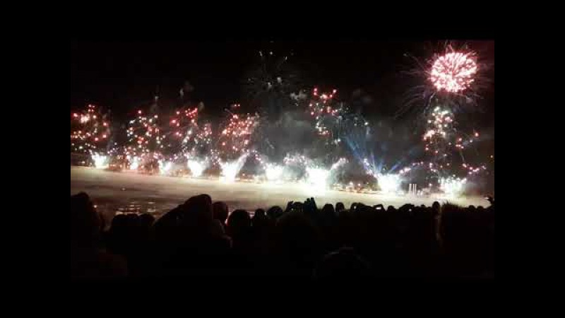 Montreal fireworks 375 Happy New Year 2018 - Feux d'artifice Montréal 2018