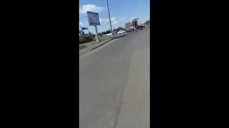 Страшная авария с мотоциклистом в Караганде