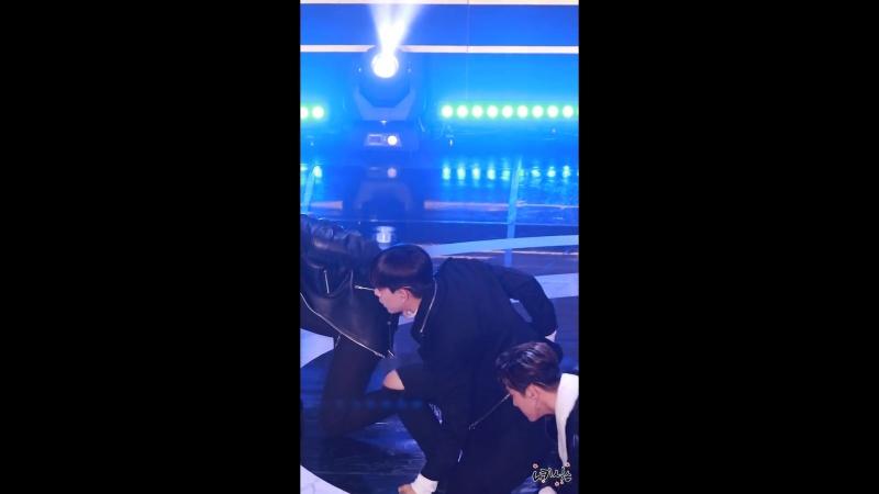 [FANCAM] [28.02.18] Paralympics Commemoration Concert: B.A.P — Hands Up (Daehyun focus)