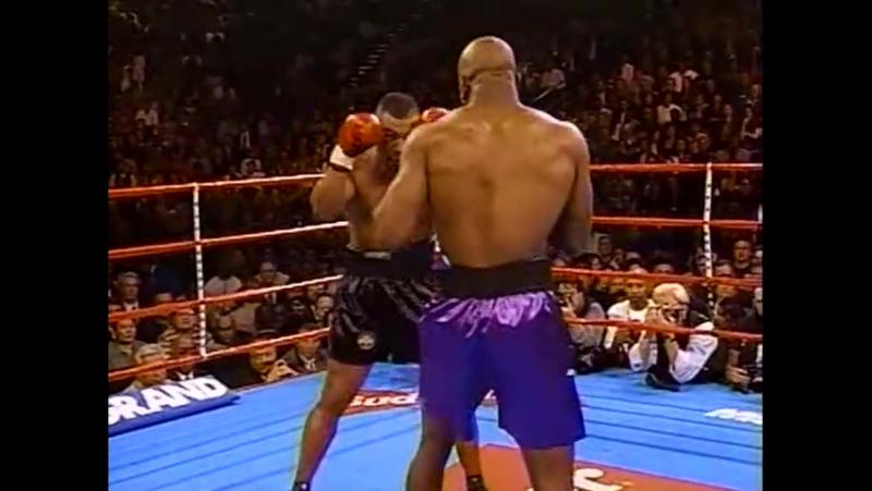 1996-11-09 Mike Tyson vs Evander Holyfield - 1 бой