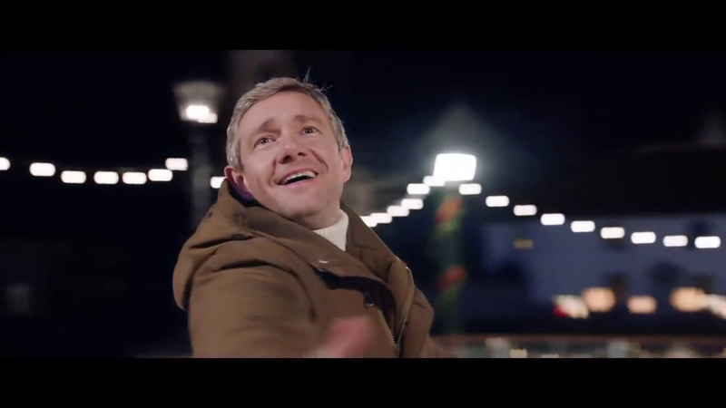 Martin Freeman in the Christmas ad for Vodafone UK Glide Through Christmas