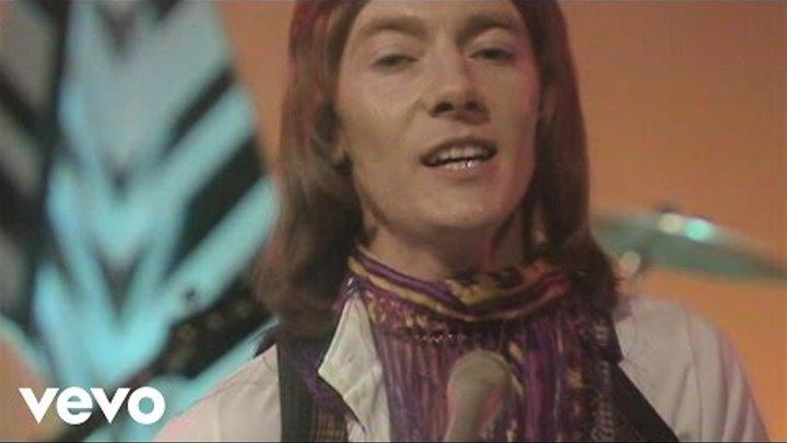 Smokie - Needles and Pins (BBC Basil Brush Show 29.10.1977)
