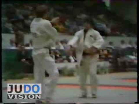 JUDO 1983 European Championships: Vitaly Pesnyak (URS) - Peter Seisenbacher (AUT)