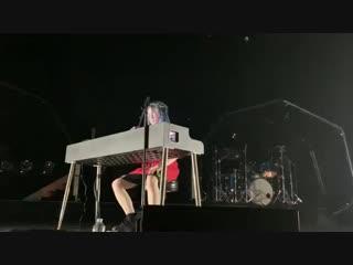 BILLIE EILISH посвятила новую песню XXXTENTACION под названием
