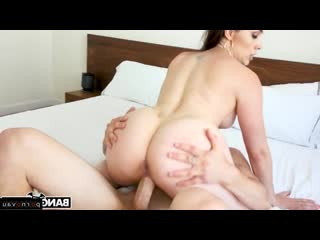 Chanel Preston [ Brunettes &  Mothers &  Premium / Deep blowjob, Pussy, Skirt, Tattoo, Crempai, Curly]